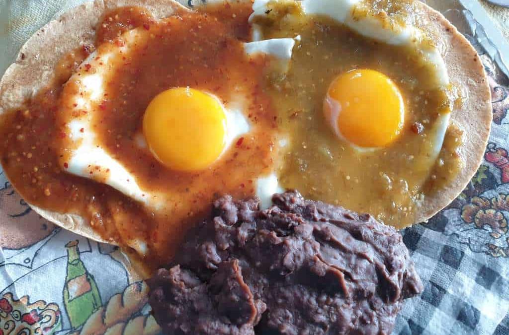 receta huevos divorciados